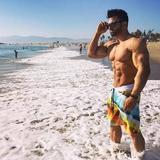 Фото спортсменов на пляже